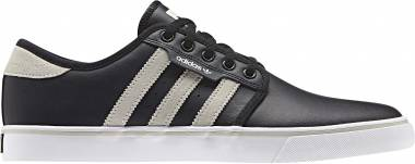 Adidas Seeley - Black (DB3146)