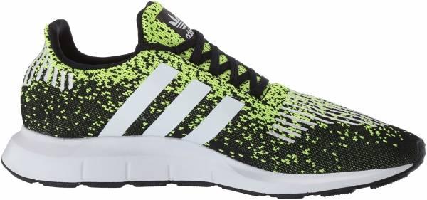 Adidas Swift Run - Core Black/Ftwr White/Solar Yellow (EF5434)