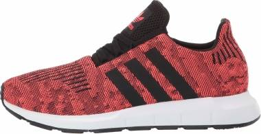 Adidas Swift Run - Sol Red/Core Black/Footwear White (EE4441)