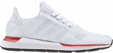 Adidas Swift Run - Crystal White / Crystal White / Ftwr White