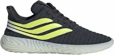 Adidas Sobakov - Gris (Carbon/Solar Yellow/Blue Tint S18 10013915)