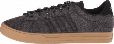 Adidas Daily 2.0 Black/Carbon/Gum Men