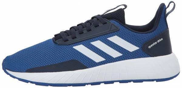 Llanura Polvo Profesor  Adidas Questar Drive sneakers in white + grey (only $25) | RunRepeat