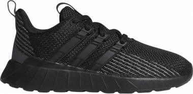 Adidas Questar Flow - Core Black / Core Black / Grey Six (G26774)