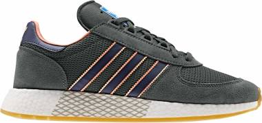 Adidas Marathon Tech - Blanc Bleu Nuit Rose Corail (EE5630)