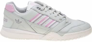 Adidas A.R Trainer - Green