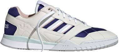Adidas A.R Trainer - Off White Real Purple