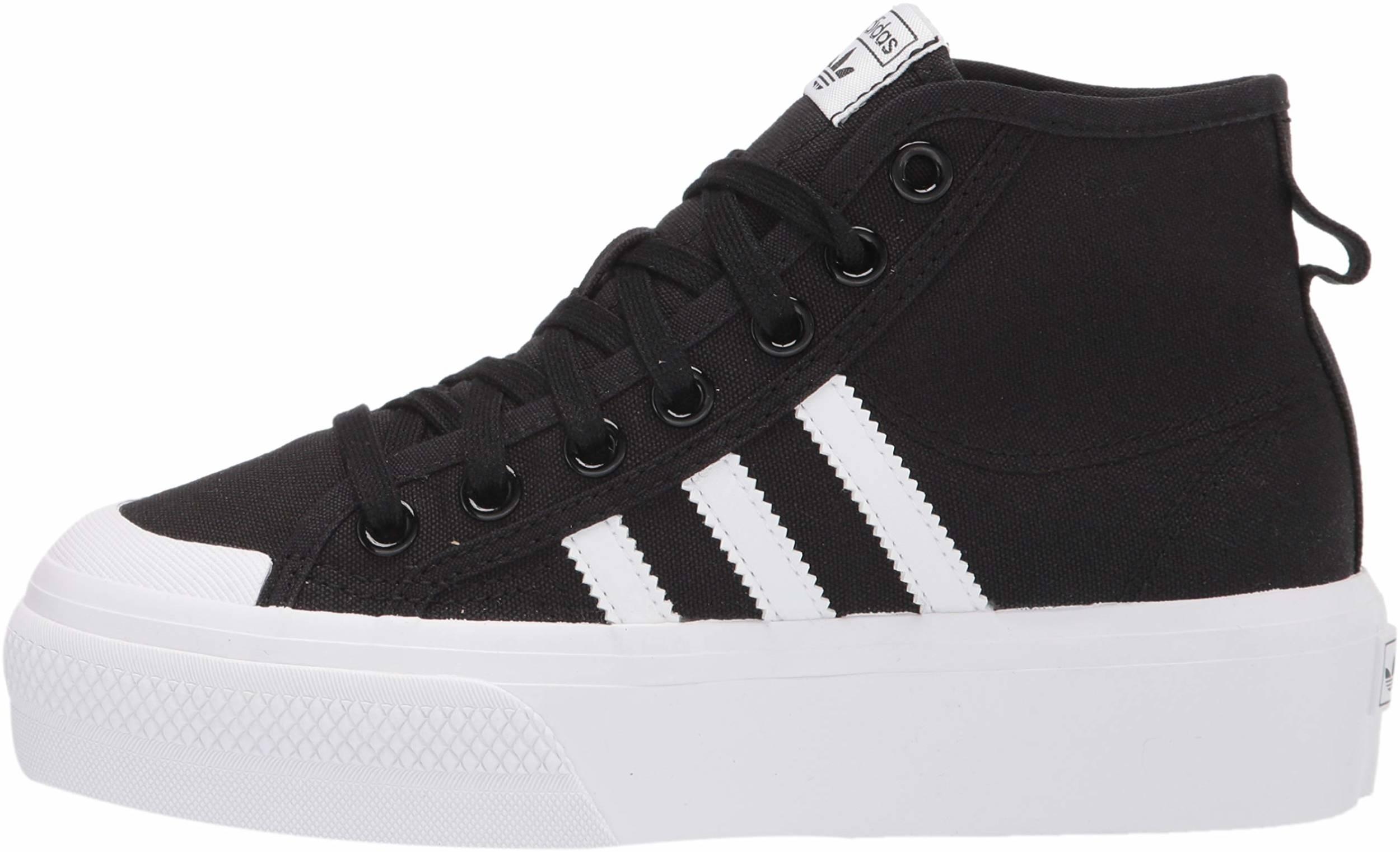 zapatilla callejón sólido  Adidas Nizza Platform Mid sneakers in black (only $69)   RunRepeat