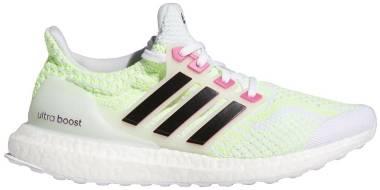 Adidas Ultraboost 5.0 DNA - Cloud White / Core Black / Signal Green (G58759)