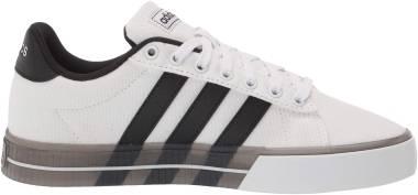 Adidas Daily 3.0 - Ftw Bla Negbás Negbás (FW7049)