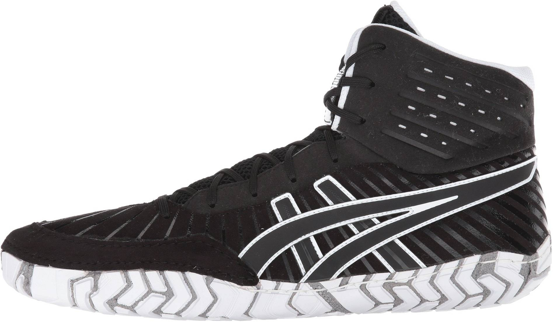 Only £113 + Review of Asics Aggressor 4