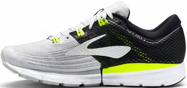 6259aa7630d Brooks Neuro 3 Grey   Black   Nightlife Men