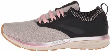 Brooks Ricochet LE - Black (030)