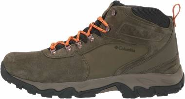 Columbia Newton Ridge Plus II Suede Waterproof - Green (1746411384)