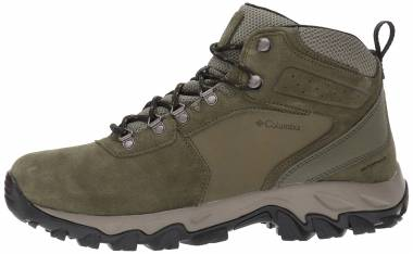 Columbia Newton Ridge Plus II Suede Waterproof Green Men