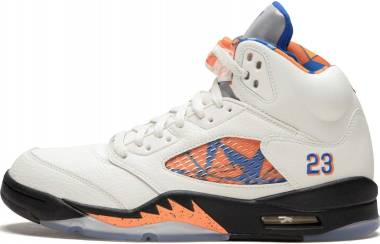 premium selection 17bbd a8cf0 Air Jordan 5 Retro