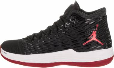 Jordan Melo M13 - Black/Gym Red White Anthracite (881562002)
