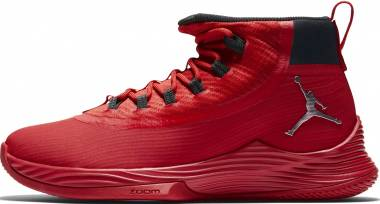 Jordan Ultra.Fly 2 - University Red/Black-action Red-metallic Silver