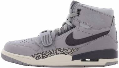 Air Jordan Legacy 312 - Wolf Grey Graphite Sail 002