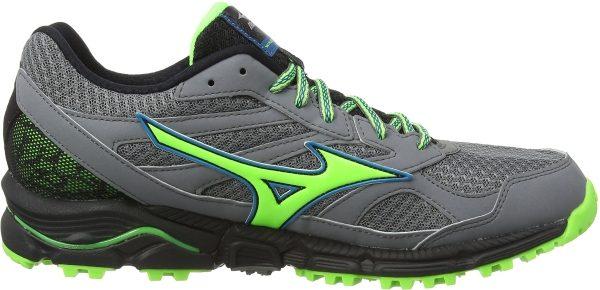 do mizuno shoes run small