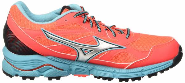 Mizuno Wave Daichi woman fierycoral/capri/divapi