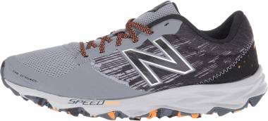 New Balance 690 v2 Trail Grey Men