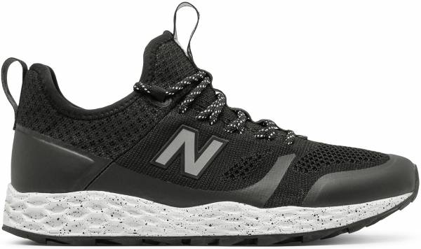 New Balance Fresh Foam Trailbuster Black / White