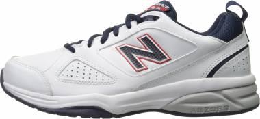 New Balance 623 v3 - White/Navy/Red