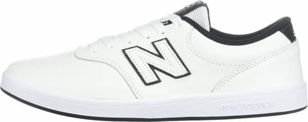 New Balance 424 White/Navy