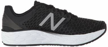 New Balance Fresh Foam Vongo v3 Black/White Men