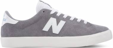 New Balance 210 - Grey with White