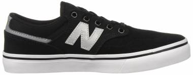 New Balance 331 - Black White