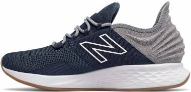 New Balance Fresh Foam Roav - schwarz