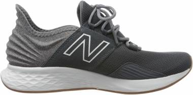 New Balance Fresh Foam Roav - Lead/Light Aluminum (MROAVTG)