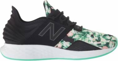 New Balance Fresh Foam Roav - Black Neon Emerald