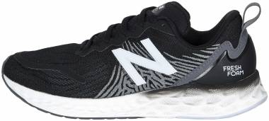 New Balance Fresh Foam Tempo - black/white (WTMPOBK)