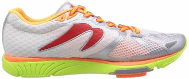 Newton Distance S IV - White