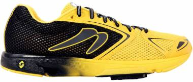 Newton Distance 7 - Black Yellow (M000518B)