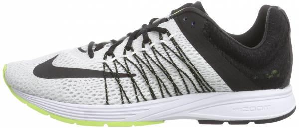 668dfea7d4970 8 Reasons to NOT to Buy Nike Air Zoom Streak 5 (May 2019)