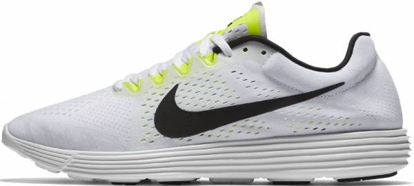 8eb5dcc0498c46 16 Reasons to NOT to Buy Nike Lunaracer 4 (Apr 2019)