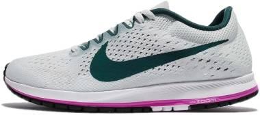 free delivery 2018 sneakers sold worldwide Nike Zoom Streak 6