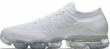 Nike Air VaporMax Flyknit White, White-sail Light Bone Men