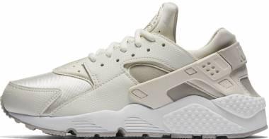 Nike Air Huarache - White (634835018)