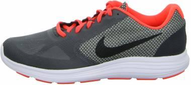 Nike Revolution 3 - Gris Gris Dark Grey Black Total Crimson Wolf Grey (819300007)