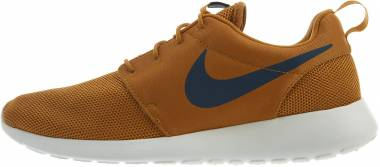 Nike Roshe One - Brown