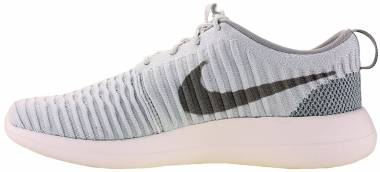 Nike Roshe Two Flyknit - White