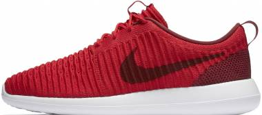 Nike Roshe Two Flyknit - Red (844833600)