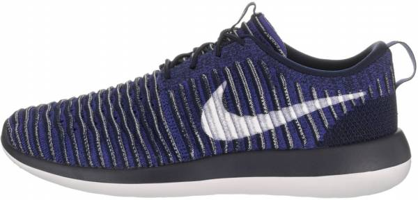 uk availability 5d285 b5fc7 Nike Roshe Two Flyknit College Navy White