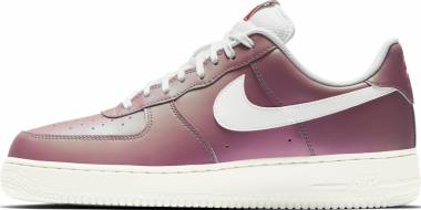 Nike Air Force 1 07 LV8 - Track Red/Summit White-Black