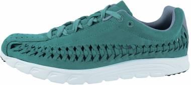 Nike Mayfly Woven Green Men
